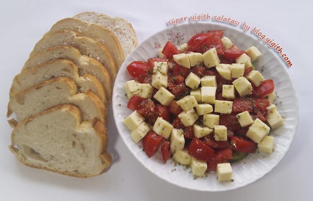 Süper Yigith Salatası Servis